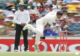 bowler umesh yadav puts batting failure to bad...