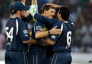 deccan chargers seek revival against rcb - India...