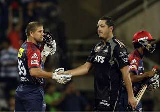 delhi daredevils beat pune warriors by three...