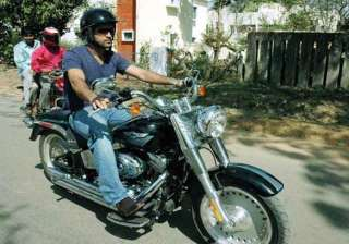 dhoni s fleet to have new bike sedan - India TV