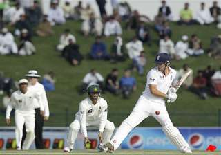 england 207 for 5 in reply to pak s 257 in first...