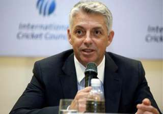 hope to convince kumble on drs issue icc ceo...