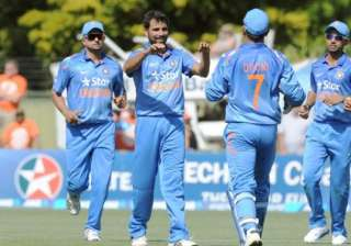 india should stick with their bunch of bowlers...