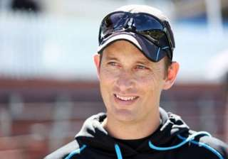 shane bond to quit as new zealand bowling coach -...