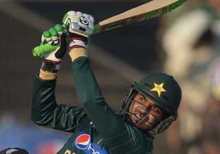sohail flees hotel room after ghost shakes his...