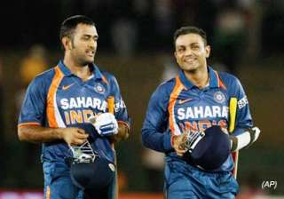 a livid sehwag berates randiv for no ball on 99 -...