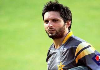 will quit if i am a burden on team afridi - India...