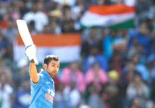 tri series rohit knows how to build an innings...