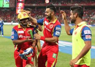 ipl 8 sarfaraz lights up chinnaswamy as rain...