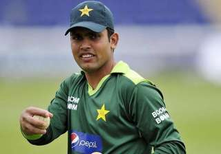 kamran lashes out at pakistan team management -...