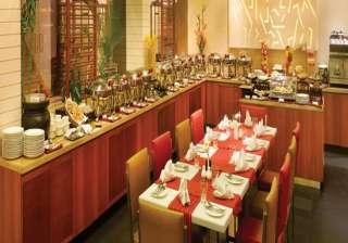 kolkata restaurants offer special food discounts...