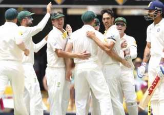 australia failed to pay tribute to phillip by...