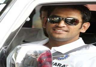 jaipur cop pulls up m s dhoni for driving in the...