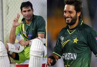 misbah afridi among 5 awarded top pcb contracts -...