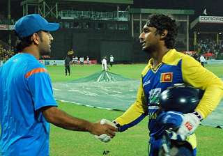 muralitharan s mother in law wants a tie - India...