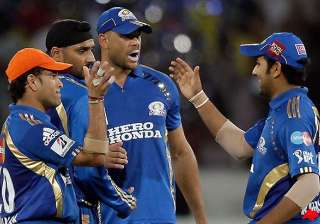perfect birthday gift for sachin as mi beat dc by...