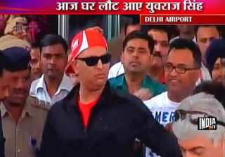 recovering yuvraj returns to warm welcome - India...