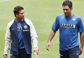 sachin deserves bharat ratna says dhoni - India TV