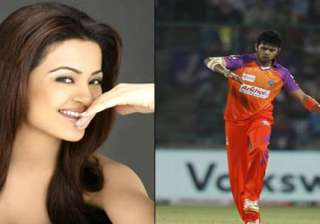 sreesanth invited his ex surveen to cheer for him...