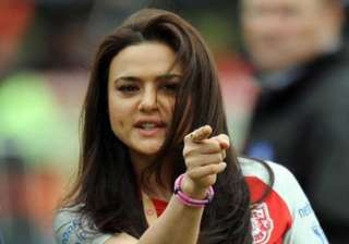 won t sell my stake in xi punjab says preity...