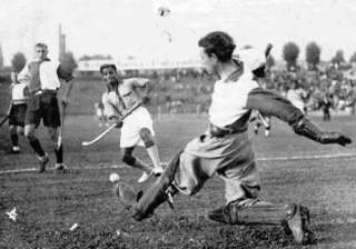 rare footage of dhyan chand s 1936 berlin...