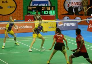 ibl smashers drub beats back in contention -...