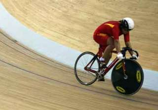 cwg woes 2 top cyclists fall victim to dengue -...