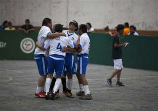 after cricket blind now play mexico soccer league...