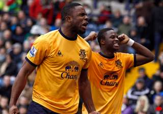 anichebe grabs winner for everton at west brom -...