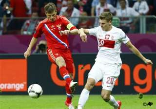 arshavin fails to spark russia attack at euro...
