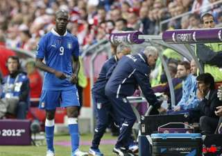 balotelli loses his place in italy s lineup -...