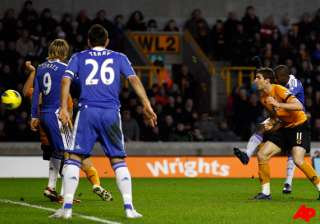 chelsea goes fourth with win as arsenal collapses...