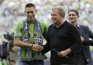 dempsey leaves england joins seattle sounders -...