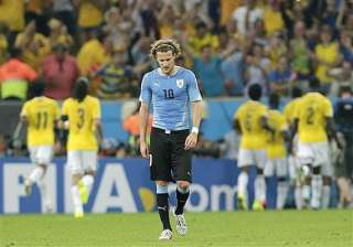 fifa world cup diego forlan not ready to leave...