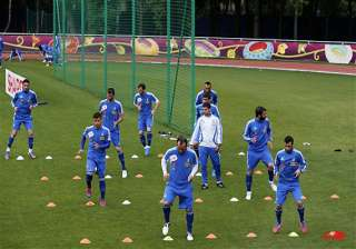 greece must beat russia to advance at euro 2012 -...