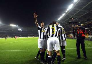 juventus come from behind to beat ac milan -...