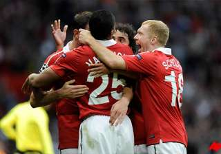 manchester united enters uefa champions final to...