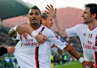 milan juventus win to stay joint top of serie a -...