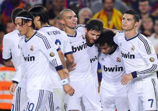 real atletico pressure barca after taking 3...