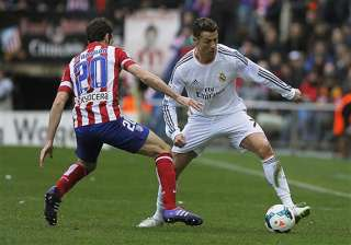 real madrid a point ahead of barcelona. - India TV