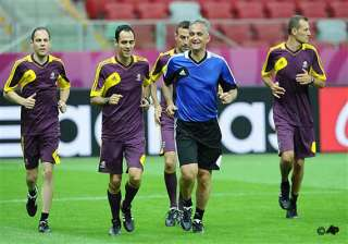 referees put on spot to police euro 2012 racism -...