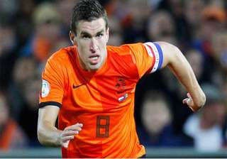 roma s strootman has leg surgery out of world cup...