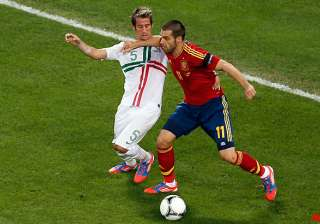 spain s attack struggles without villa - India TV