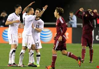 us beats venezuela 1 0 on clark s late goal -...