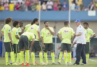 world cup thousands show up for brazil s training...