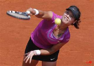 defending french open champion li wins in 3 sets...