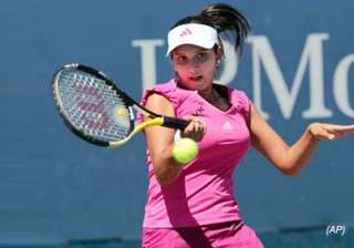sania crosses first hurdle somdev crashes out -...