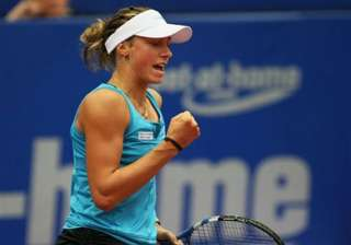 pennetta wickmayer advance at rogers cup - India...