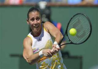 pennetta routs radwanska to win indian wells...