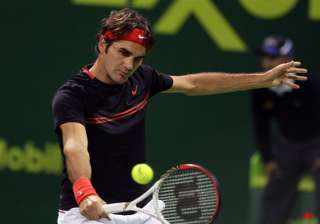roger federer pulls out of qatar open semifinals...